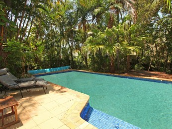 View profile: 5 bedroom Alexandra Beach House + Pool, Pet friendly & FREE WIFI