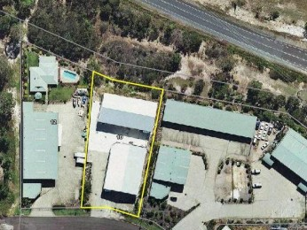 View profile: Two Large Industrial Sheds on Large allotment Tin Can Bay