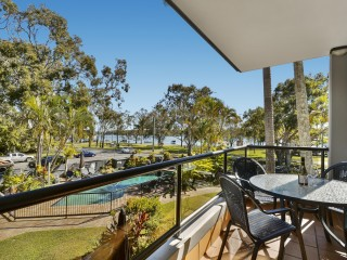 View profile: Stunning Noosa River Views