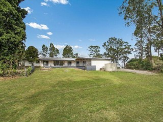 View profile: Large Family Home on Almost 1 Acre